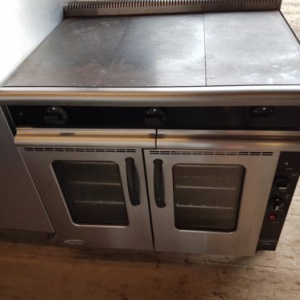 MOORWOOD VULCAN SOLID TOP ELECTRIC CONVECTION RANGE
